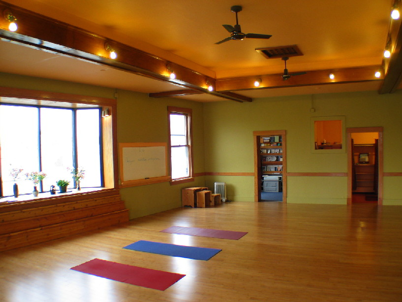 Yoga Studio Home Design Ideas ...